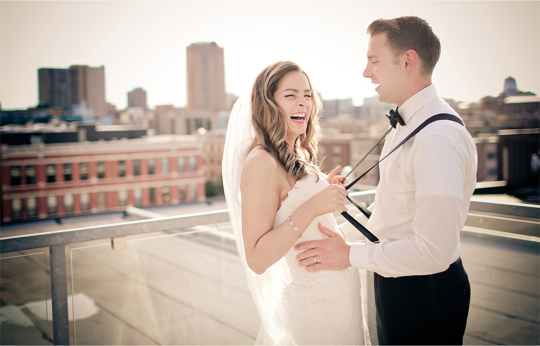 22-Saint-Paul-Minnesota-Wedding-Photographer-by-Andrew-Vick-Photography-Summer-Abulae-Bride-Groom-Suspenders-Bowtie-Vintage-Molly-and-Dan.jpg