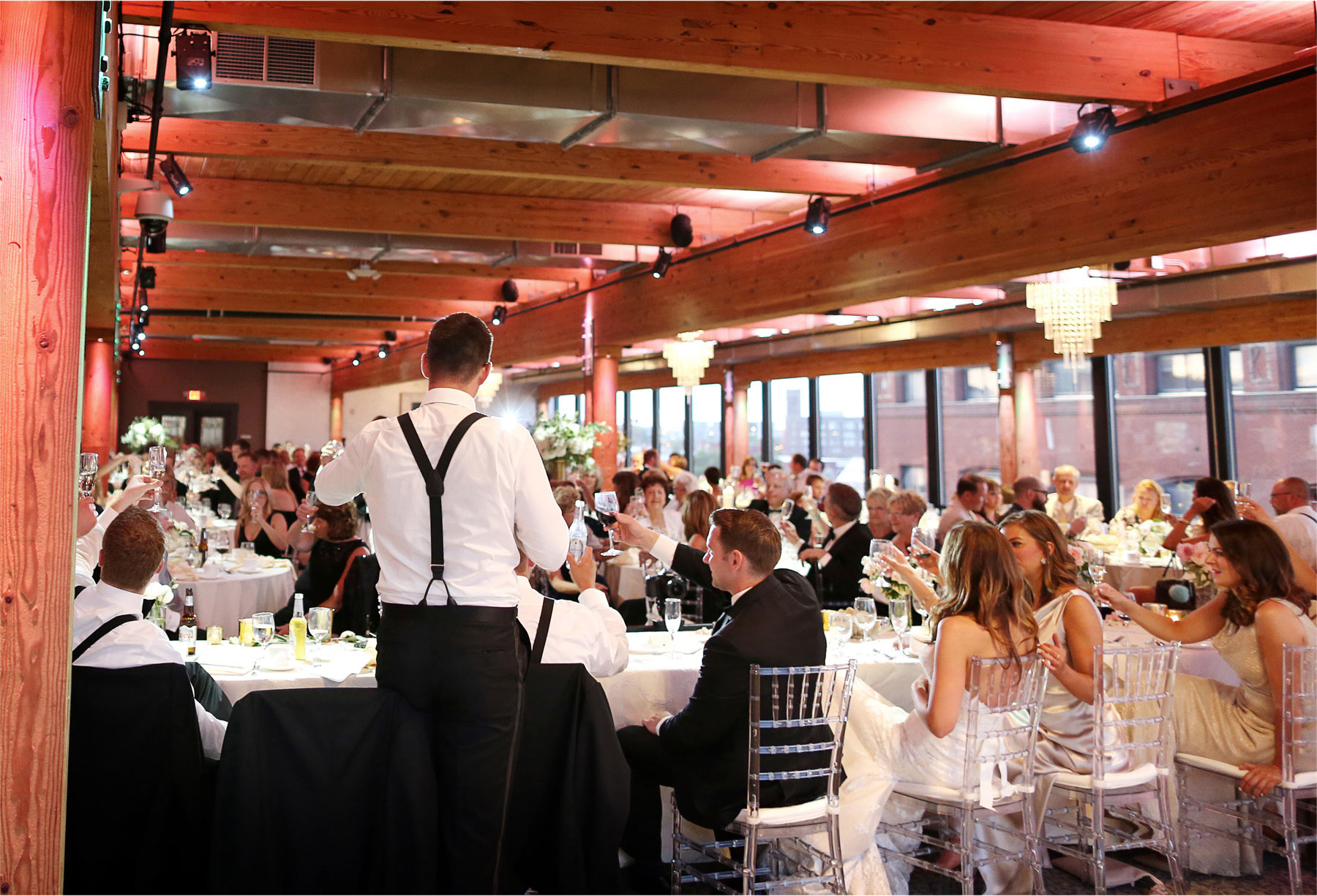 25-Saint-Paul-Minnesota-Wedding-Photographer-by-Andrew-Vick-Photography-Summer-Abulae-Bride-Groom-Groomsmen-Speeches-Toasts-Molly-and-Dan.jpg