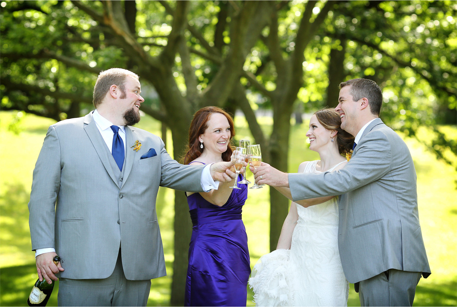 20-Minneapolis-Minnesota-Wedding-Photographer-by-Andrew-Vick-Photography-Summer-Bride-Groom-Bridesmaid-Groomsmen-Bridal-Party-Celebration-Champagne-Stephanie-and-Robert.jpg