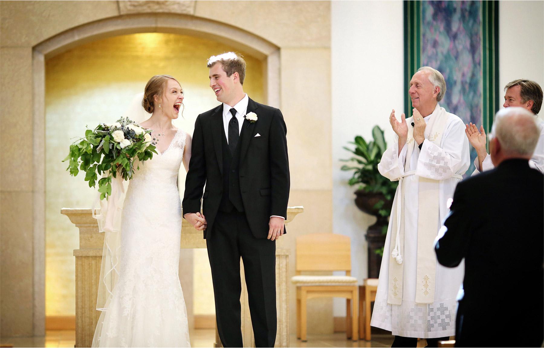 17-Edina-Minnesota-Wedding-Photographer-by-Andrew-Vick-Photography-Summer-Our-Lady-of-Grace-Catholic-Parish-Church-Ceremony-Bride-Groom-Excitement-Betsy-and-Jon.jpg