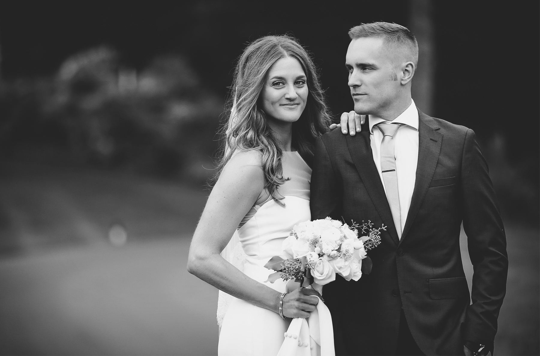 08-Dellwood-Minnesota-Wedding-Photographer-by-Andrew-Vick-Photography-Summer-Country-Club-First-Meeting-Look-Bride-Groom-Black-and-White-Sarah-and-Landon.jpg