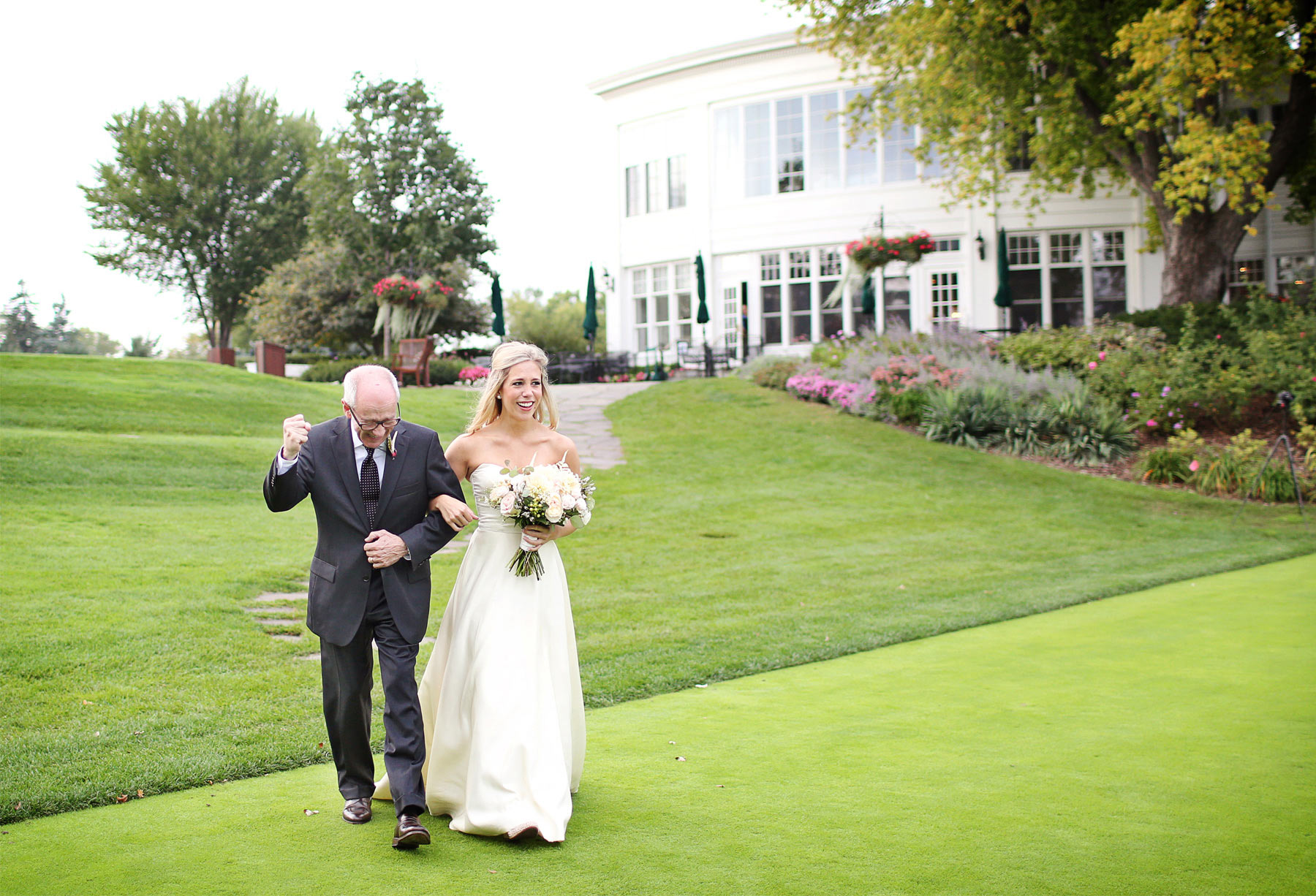 12-Minneapolis-Minnesota-Wedding-Photographer-by-Andrew-Vick-Photography-Fall-Autumn-Minikahda-Club-Ceremony-Bride-Father-Parents-Processional-Golf-Course-Krissy-and-James.jpg