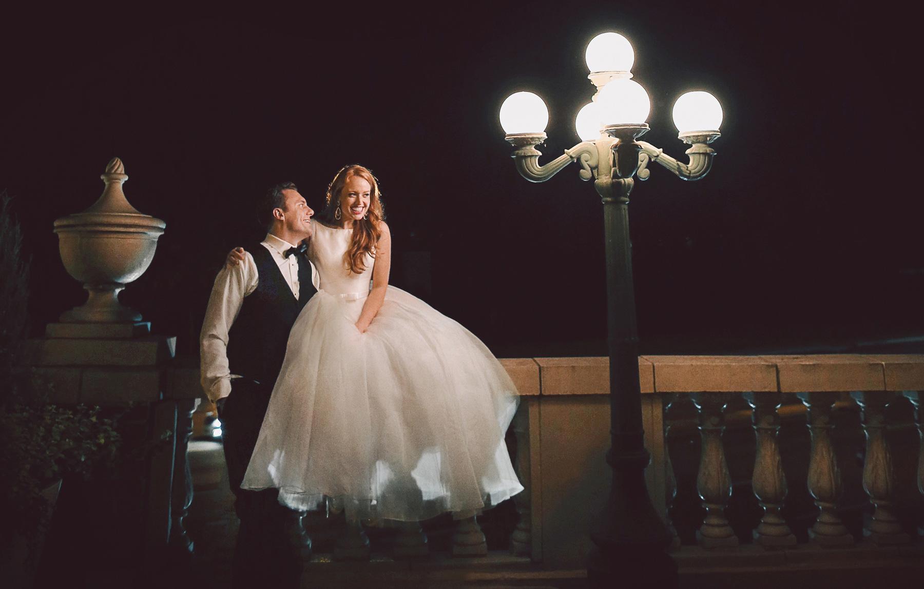 32-Minneapolis-Minnesota-Wedding-Photographer-by-Andrew-Vick-Photography-Fall-Autumn-Calhoun-Beach-Club-Reception-Bride-Groom-Terrace-Night-Vintage-Kristy-and-Jack.jpg