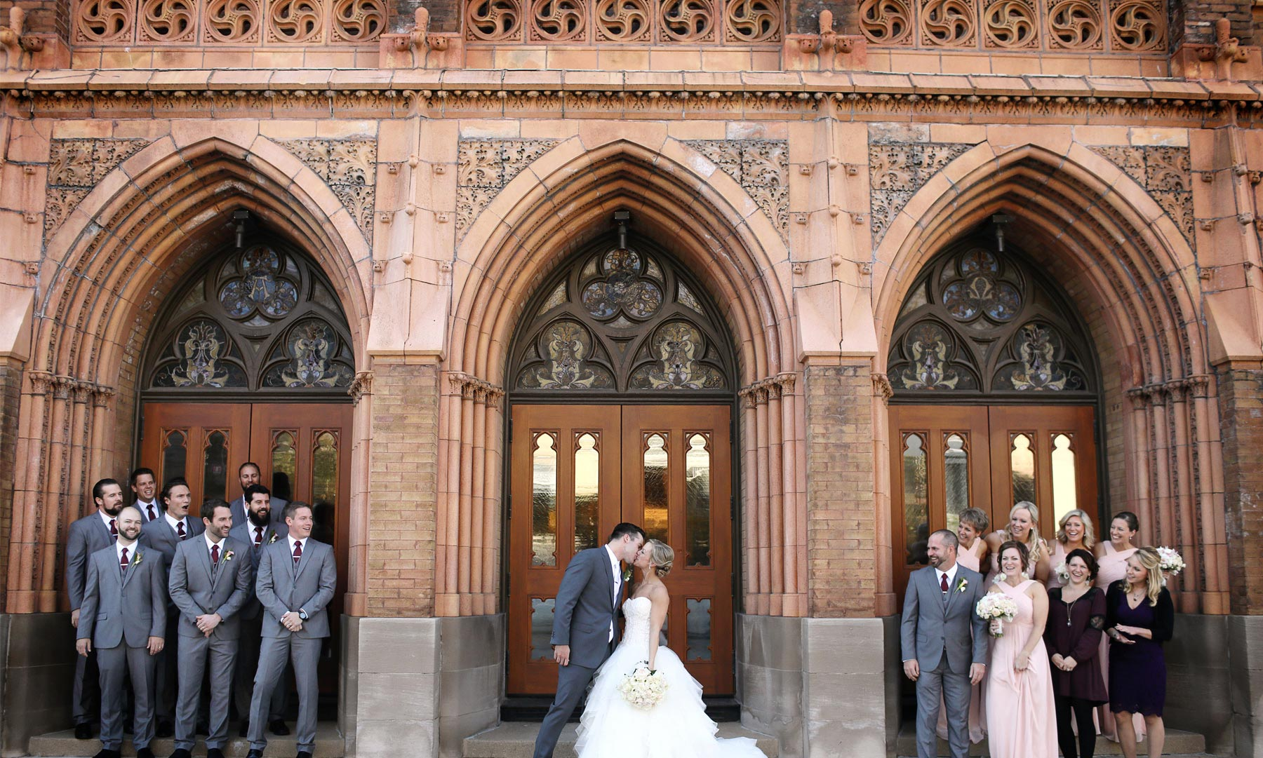 14-Milwaukee-Wisconsin-Wedding-Photographer-by-Andrew-Vick-Photography-Fall-Autumn-Destination-Grave-Evangelical-Lutheran-Church-Bride-Groom-Bridal-Party-Groomsmen-Bridesmaids-Kiss-Tina-and-Kevin.jpg