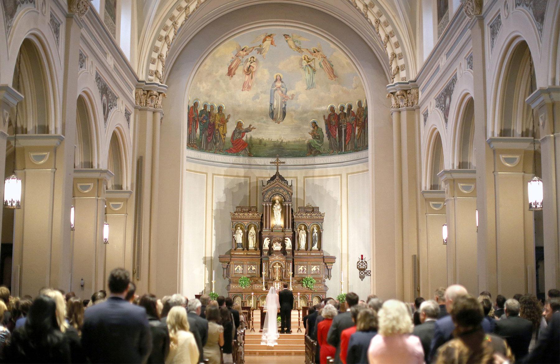 07-Saint-Paul-Minnesota-Wedding-Photographer-by-Andrew-Vick-Photography-Fall-Autumn-Church-of-the-Assumption-Ceremony-Bride-Groom-Kathryn-and-Sam.jpg