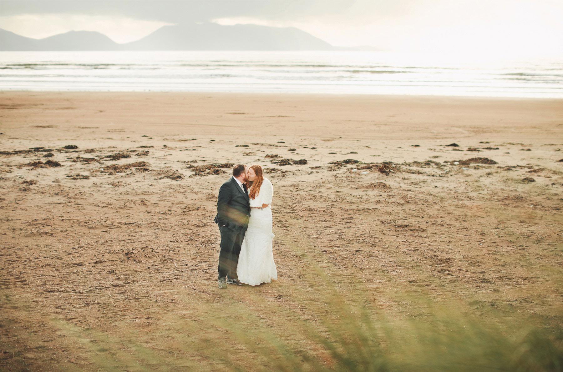 08-Kilarney-Ireland-Wedding-Photographer-by-Andrew-Vick-Photography-Fall-Autumn-Destination-Bride-Groom-Ocean-Beach-Kiss-Vintage-Becca-and-Donal.jpg