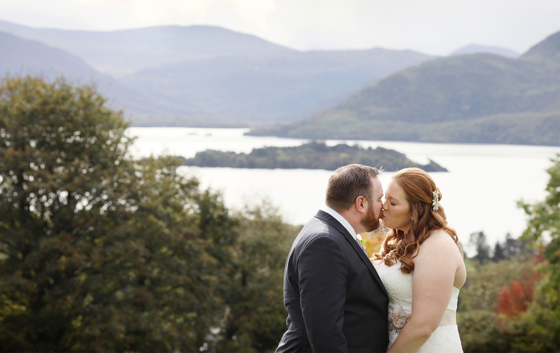 24-Kilarney-Ireland-Wedding-Photographer-by-Andrew-Vick-Photography-Fall-Autumn-Destination-First-Meeting-Look-Bride-Groom-Kiss-Landscape-Ocean-Becca-and-Donal.jpg