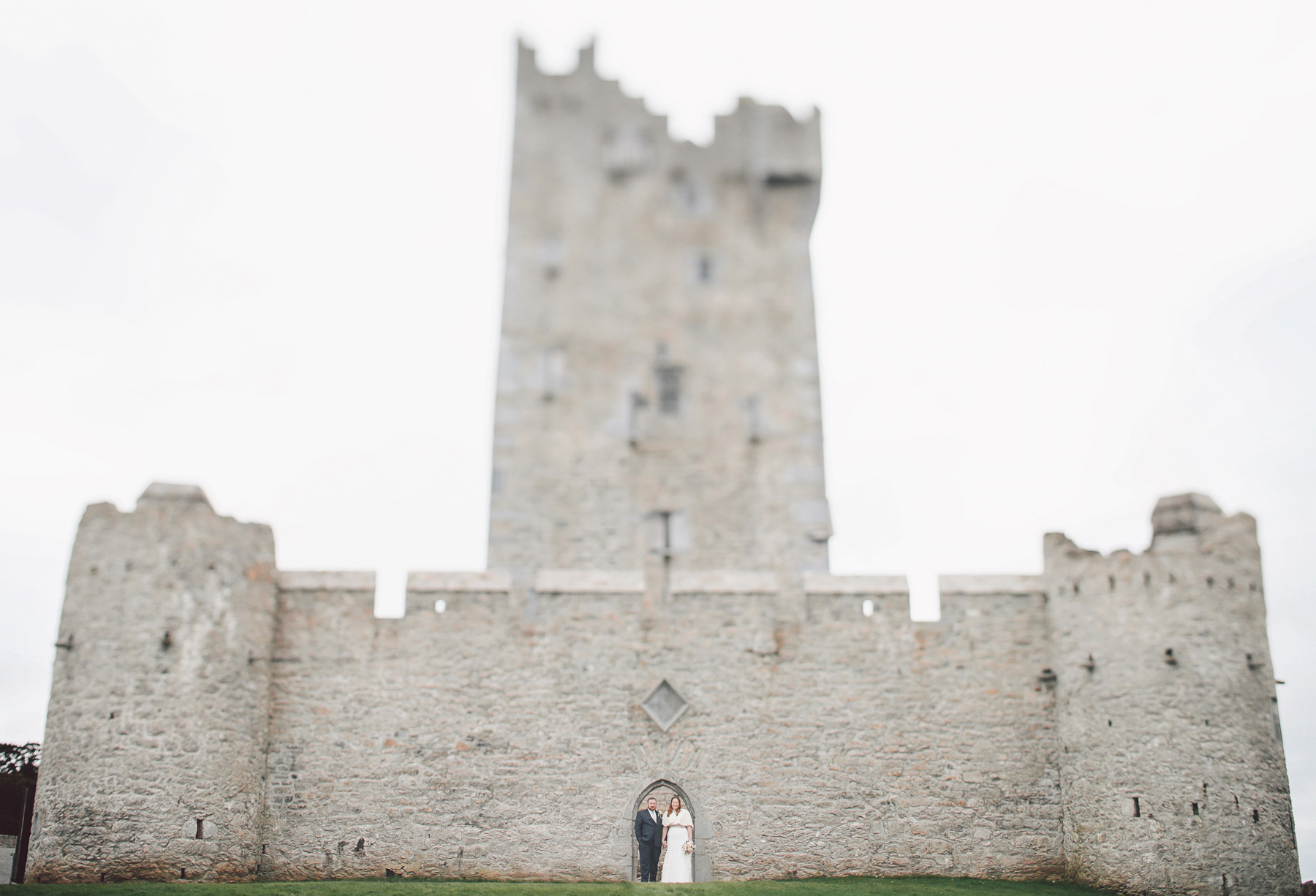 28-Kilarney-Ireland-Wedding-Photographer-by-Andrew-Vick-Photography-Fall-Autumn-Destination-Ross-Castle-First-Meeting-Look-Bride-Groom-Ruins-Vintage-Becca-and-Donal.jpg