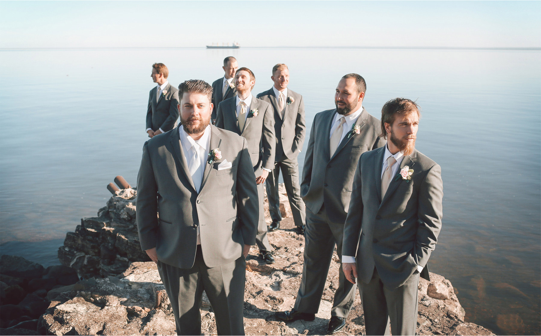 11-Duluth-Minnesota-Wedding-Photographer-by-Andrew-Vick-Photography-Fall-Autumn-Lake-Superior-Groom-Groomsmen-Vintage-Molly-and-Carson.jpg