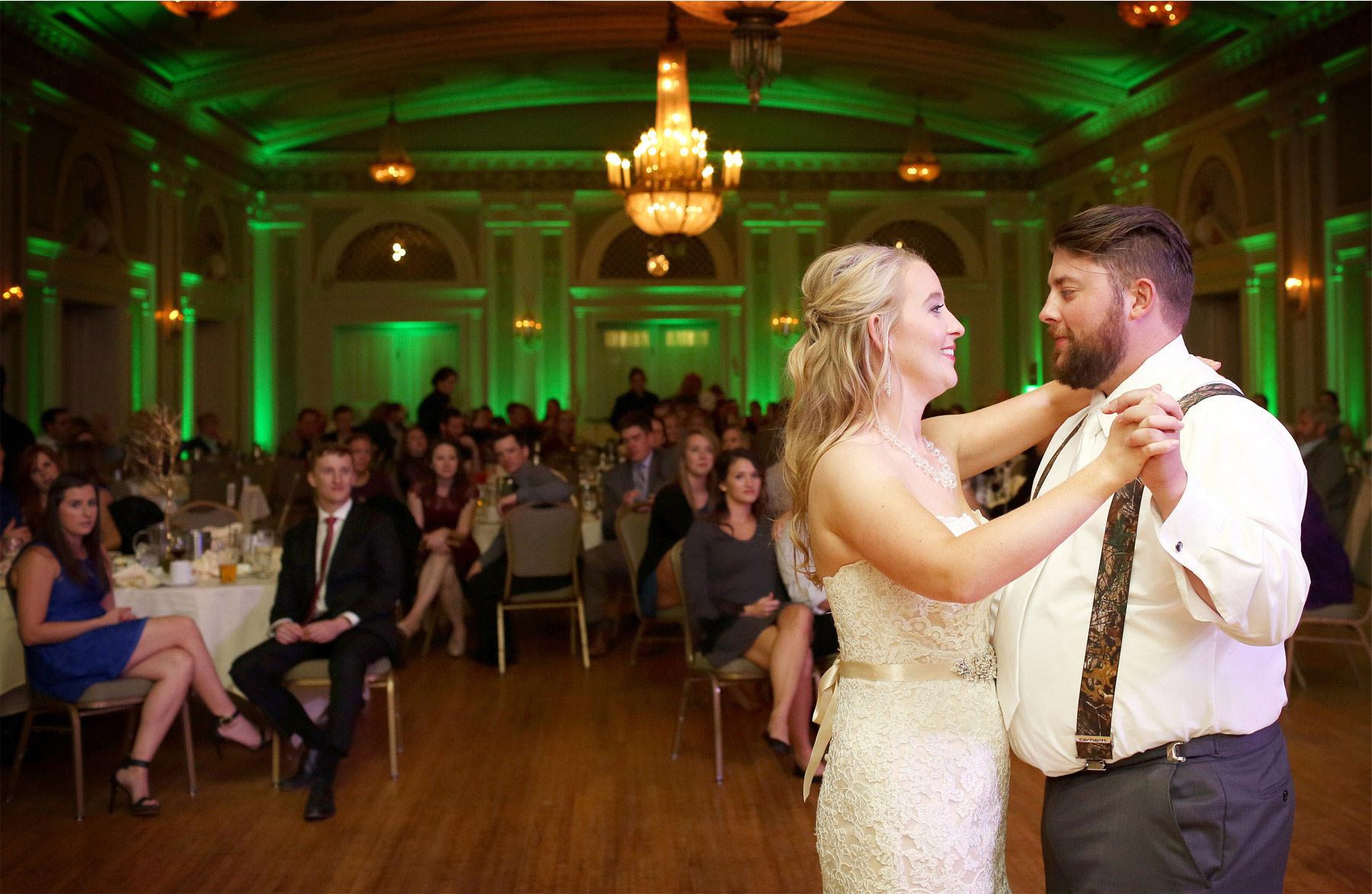 18-Duluth-Minnesota-Wedding-Photographer-by-Andrew-Vick-Photography-Fall-Autumn-Greysolon-Ballroom-Reception-Bride-Groom-Dance-Molly-and-Carson.jpg