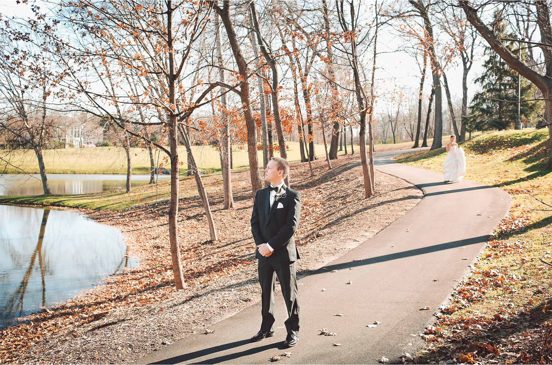 02-Eden-Prairie-Minnesota-Wedding-Photographer-by-Andrew-Vick-Photography-Fall-Autumn-Bearpath-Golf-Country-Club-First-Meeting-Look-Bride-Groom-Vintage-Brittany-and-Ryan.jpg