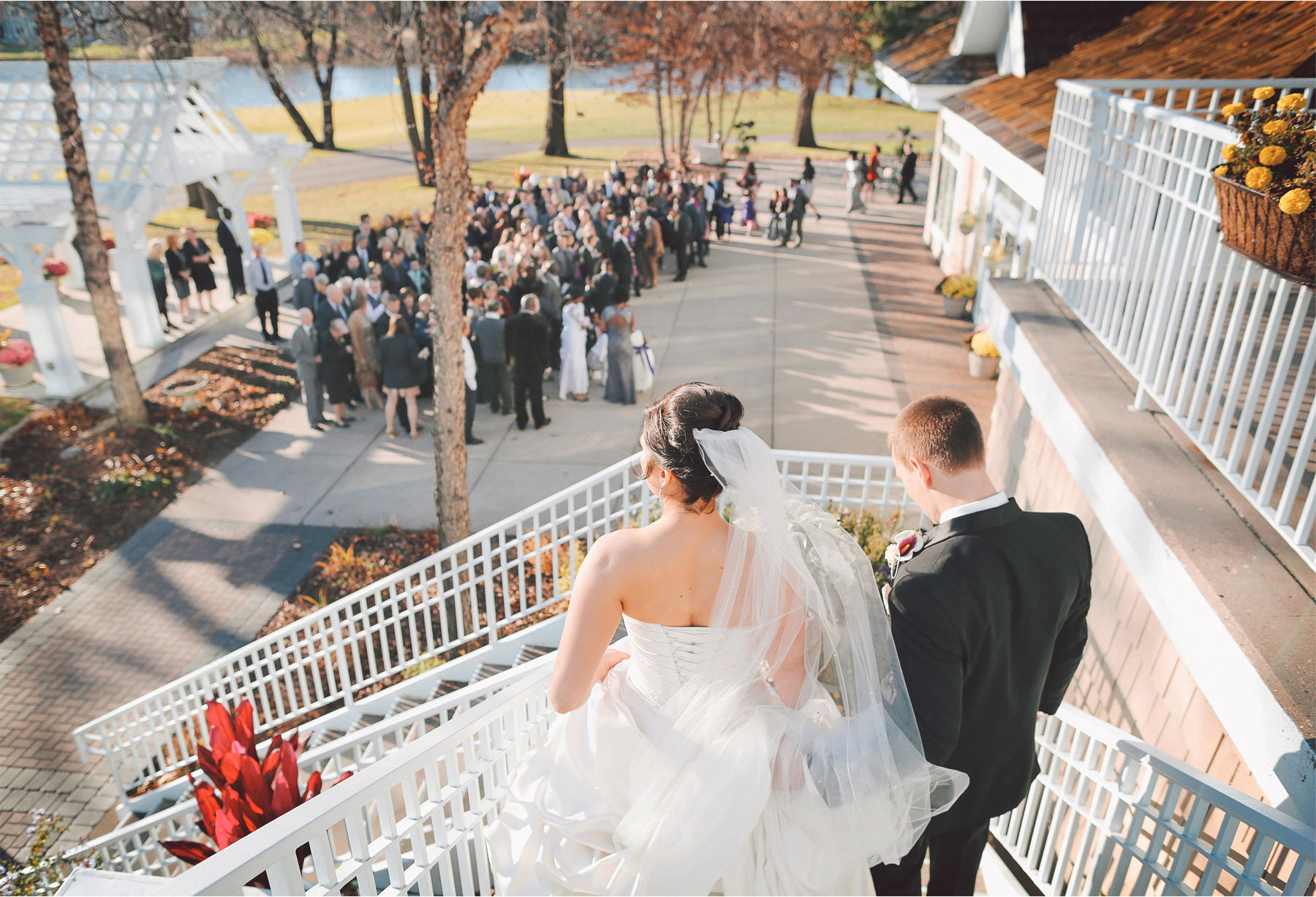 14-Eden-Prairie-Minnesota-Wedding-Photographer-by-Andrew-Vick-Photography-Fall-Autumn-Bearpath-Golf-Country-Club-Bride-Groom-Guests-Vintage-Brittany-and-Ryan.jpg