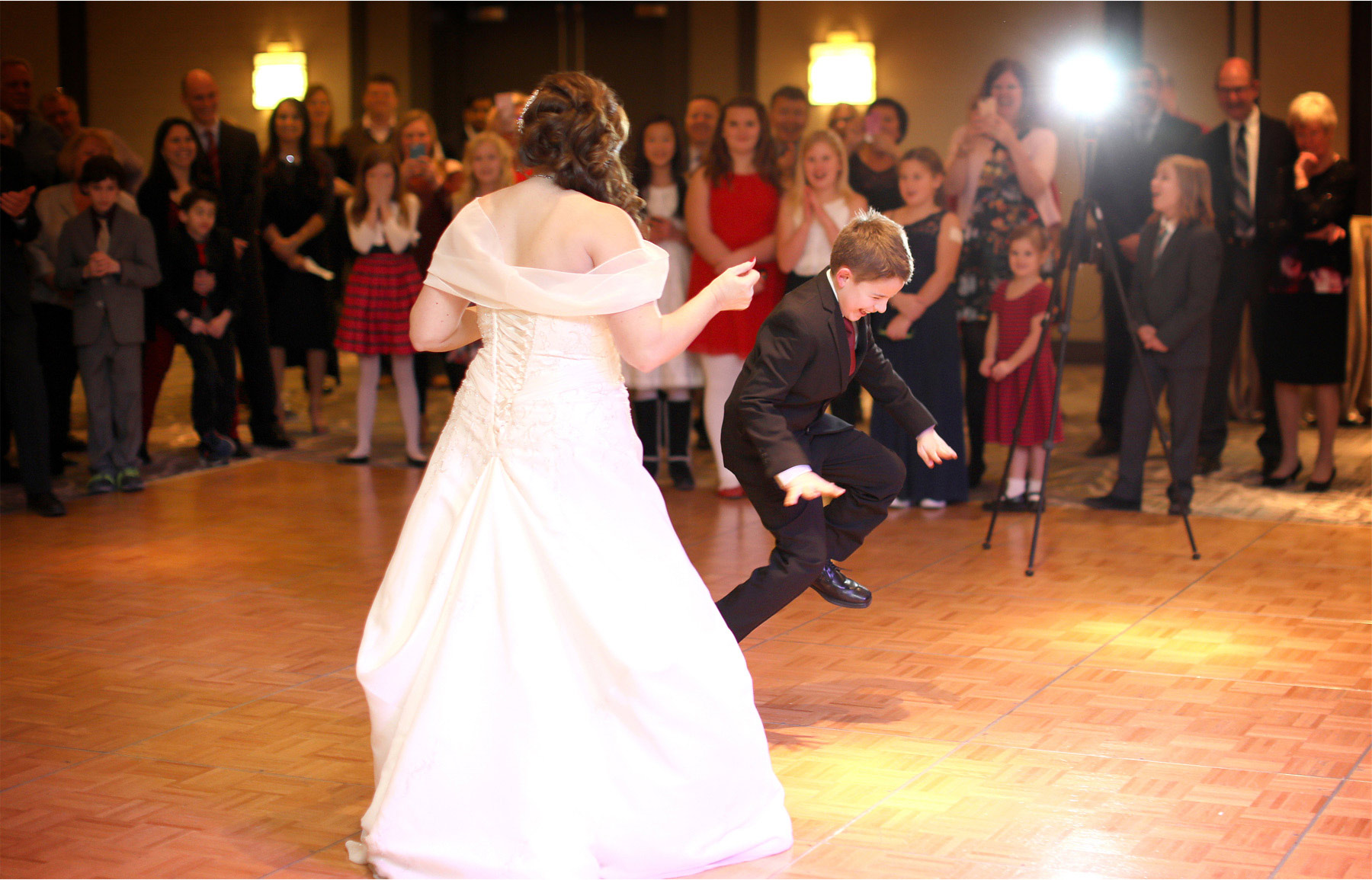 19-Minnetonka-Minnesota-Wedding-Photographer-by-Andrew-Vick-Photography-Winter-Marriott-Southwest-Reception-Bride-Dance-Ring-Bearer-Elizabeth-and-Brian.jpg.jpg