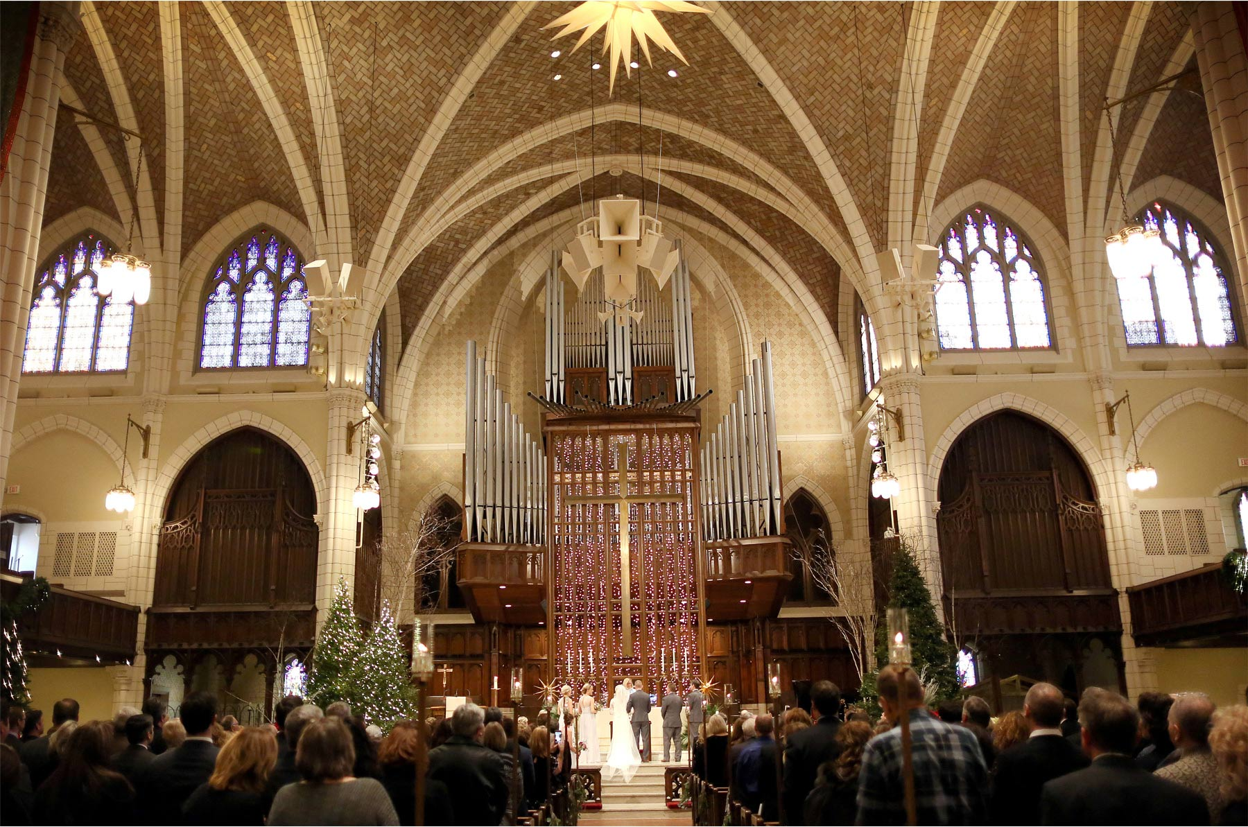14-Minneapolis-Minnesota-Wedding-Photographer-by-Andrew-Vick-Photography-Winter-Central-Lutheran-Church-Ceremony-Bride-Groom-Vows-Brittany-and-Joseph.jpg