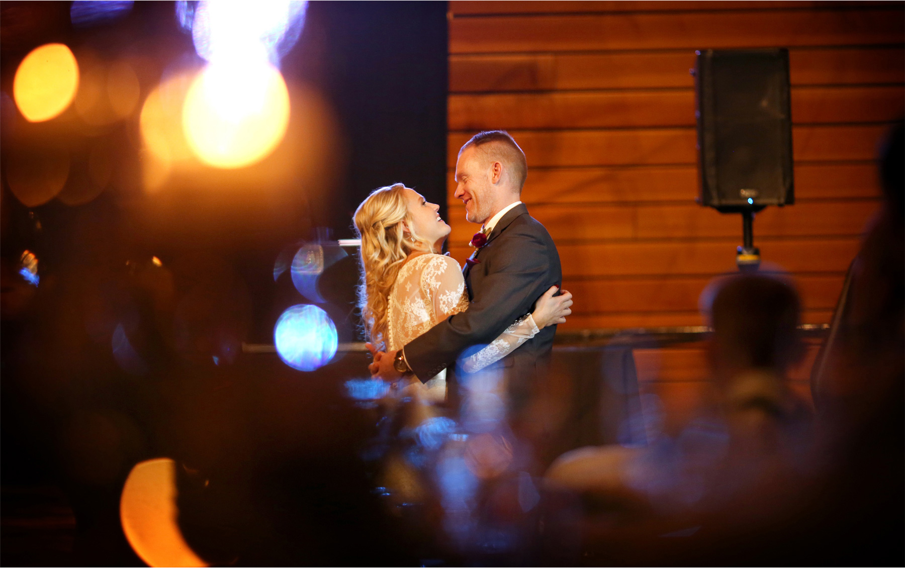 17-Minneapolis-Minnesota-Wedding-Photographer-by-Andrew-Vick-Photography-Winter-McNamara-Alumni-Center-Bride-Groom-Dance-Brittany-and-Joseph.jpg