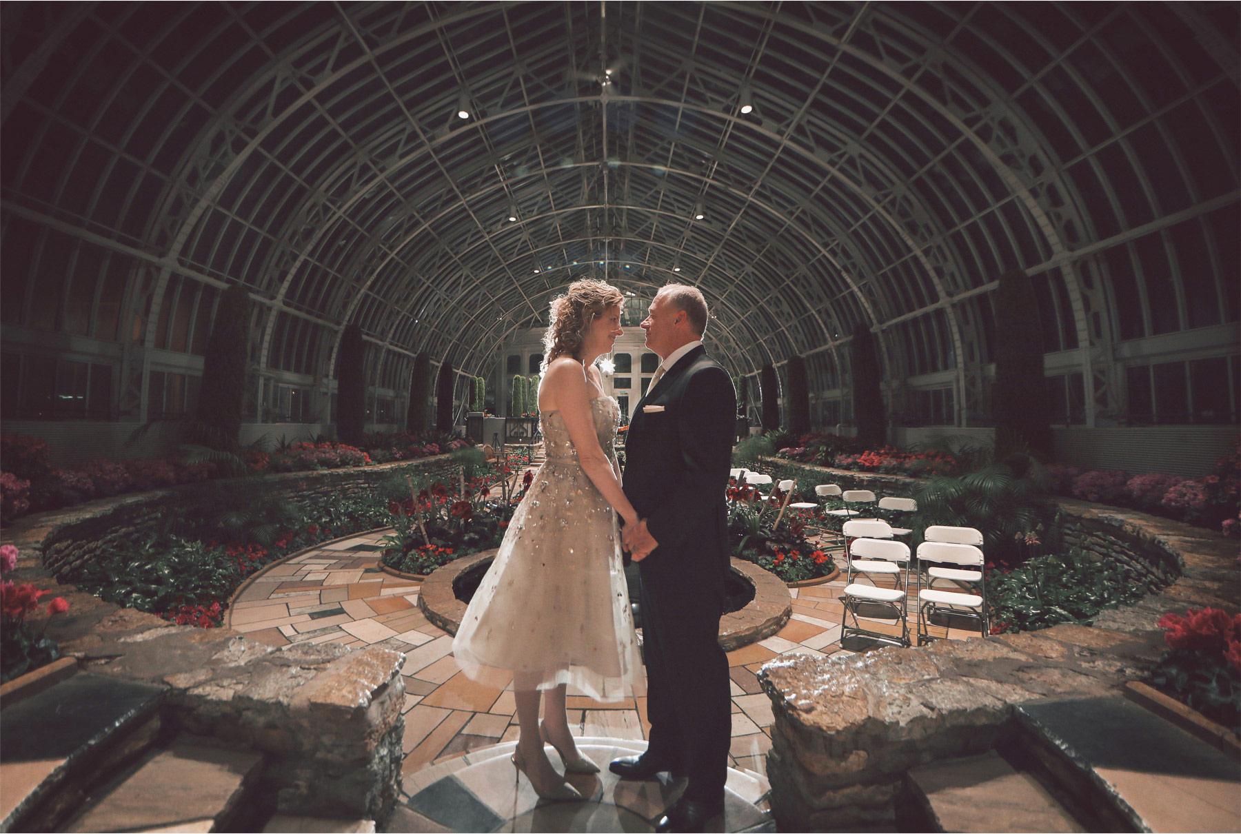 20-Saint-Paul-Minnesota-Wedding-Photographer-by-Andrew-Vick-Photography-Winter-Como-Park-Conservatory-Sunken-Garden-Bride-Groom-Flowers-Night-Vintage-Dannette-and-Darren.jpg