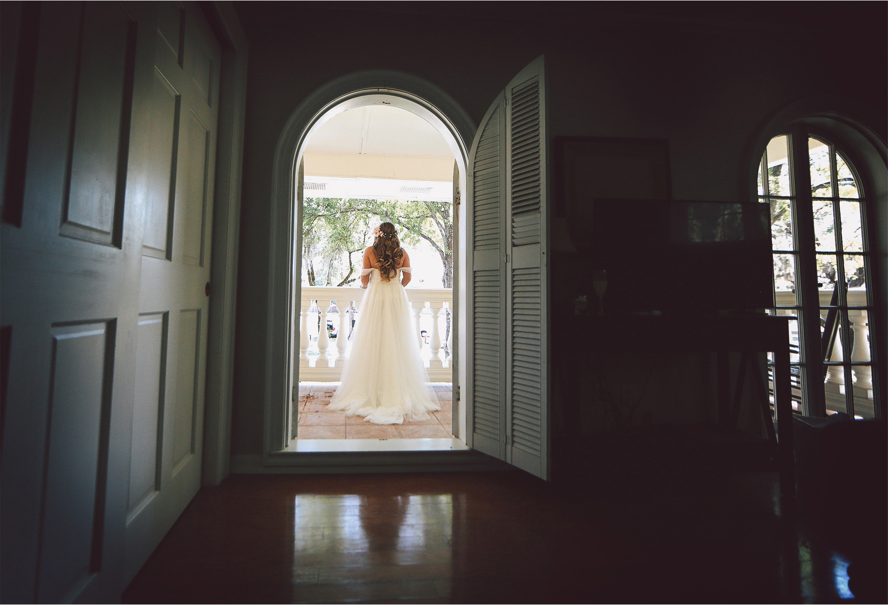 04-Brandon-Florida-Wedding-Photographer-by-Andrew-Vick-Photography-Casa-Lantana-Spring-Getting-Ready-Bride-Dress-Flower-Crown-Balcony-Vintage-Kristianna-and-Ben.jpg