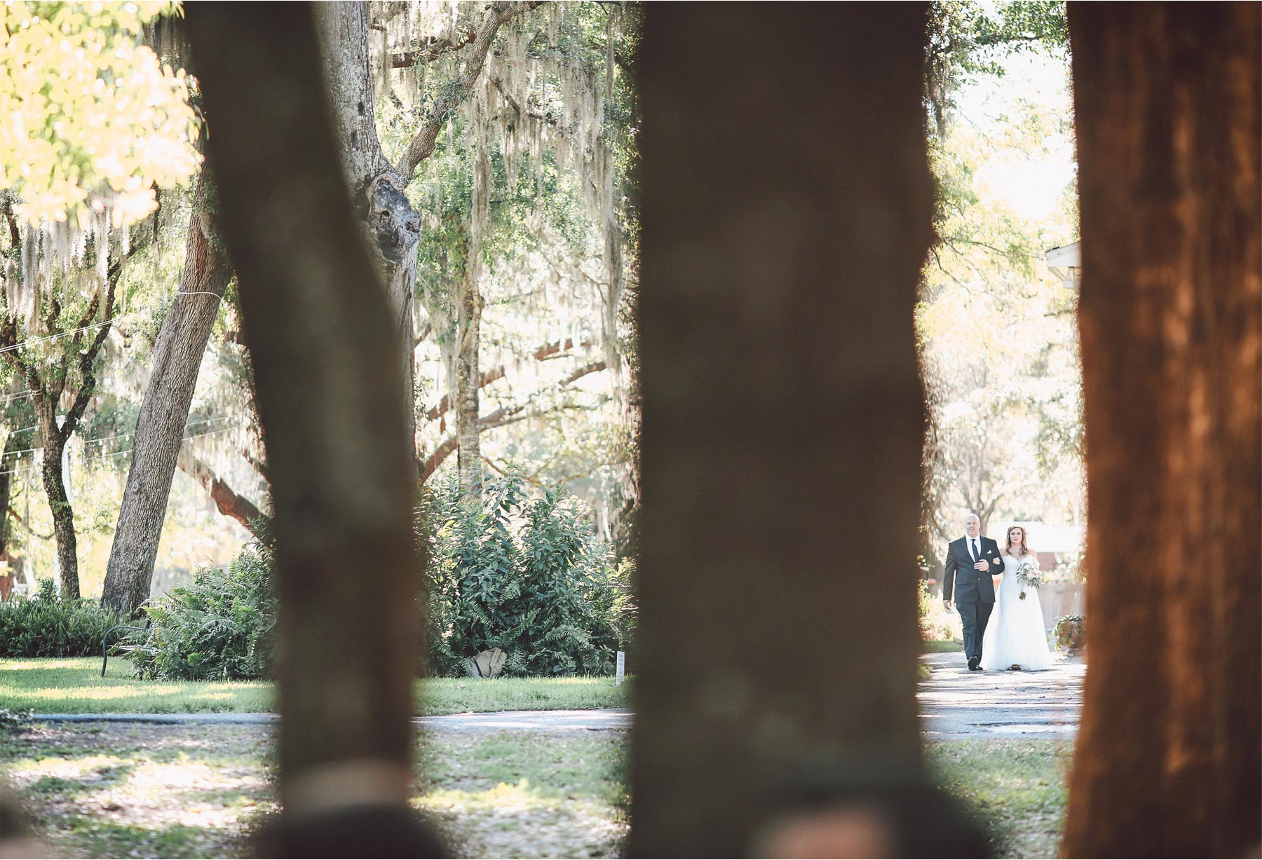 14-Brandon-Florida-Wedding-Photographer-by-Andrew-Vick-Photography-Casa-Lantana-Spring-Ceremony-Bride-Father-Parents-Processional-Vintage-Kristianna-and-Ben.jpg