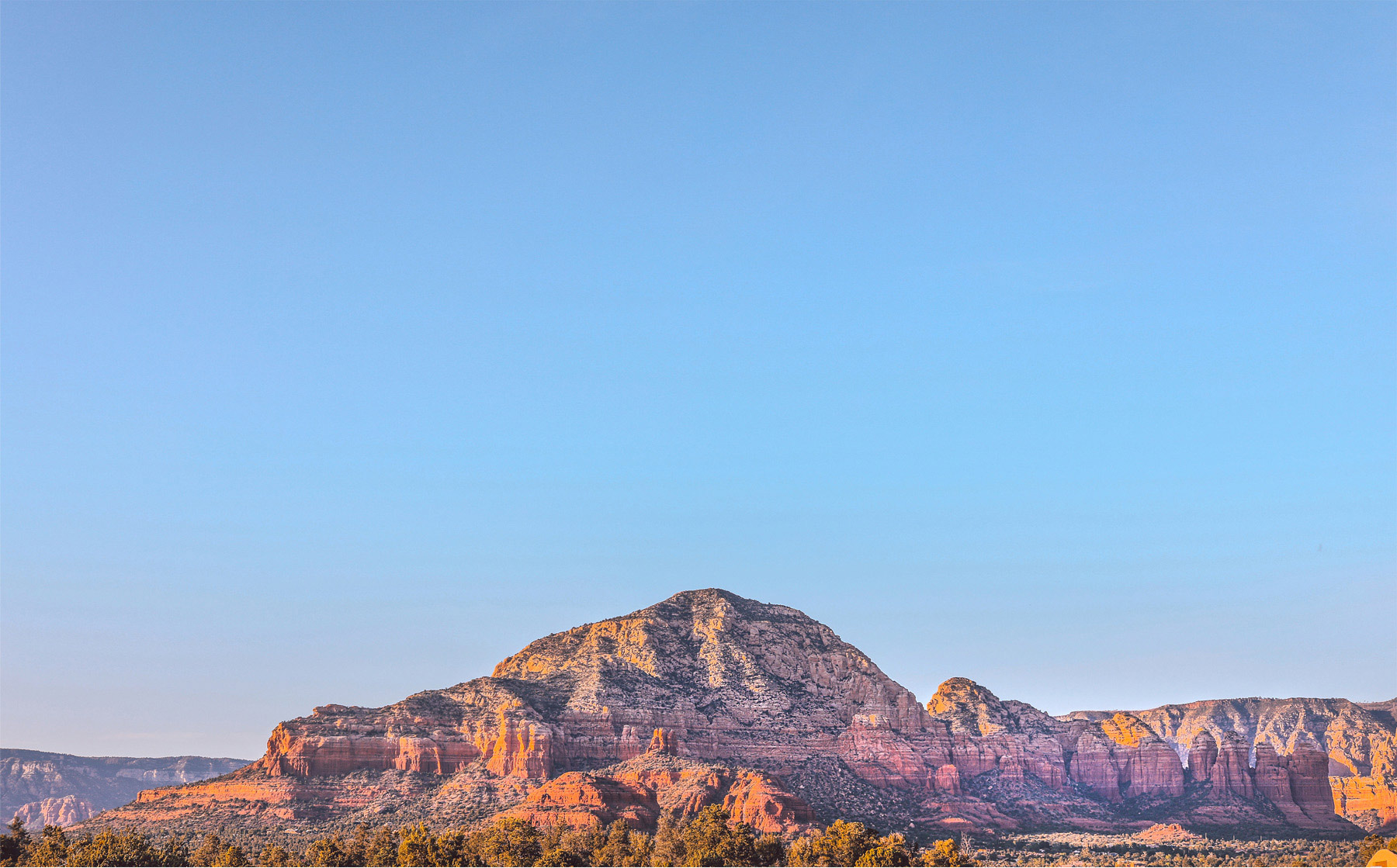 04-Sedona-Arizona-Wedding-Photographer-by-Andrew-Vick-Photography-Spring-Landscape-Mountains-Barbara-and-Mike.jpg