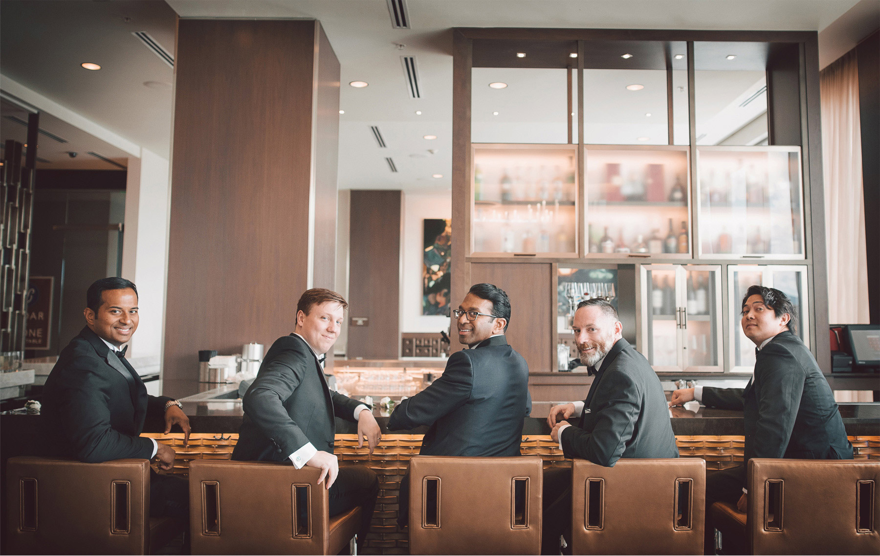 01-Bloomington-Minneapolis-Minnesota-Wedding-Photographer-by-Andrew-Vick-Photography-JW-Marriott-Mall-of-America-MOA-Spring-Groom-Groomsmen-Bar-Hotel-Vintage-Rachel-and-Venu.jpg
