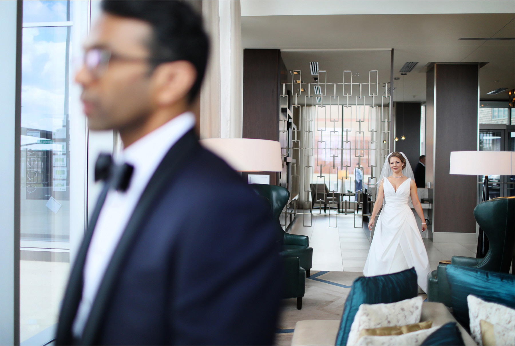 05-Bloomington-Minneapolis-Minnesota-Wedding-Photographer-by-Andrew-Vick-Photography-JW-Marriott-Mall-of-America-MOA-Spring-First-Meeting-Look-Bride-Groom-Hotel-Rachel-and-Venu.jpg