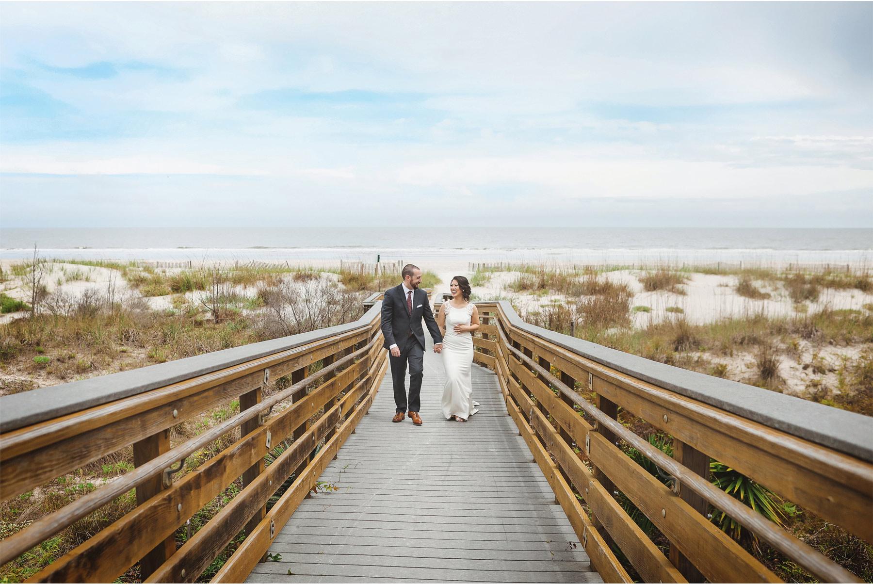10-South-Carolina-Wedding-by-Vick-Photography-Hilton-Head-Island-Omni-Oceanfront-Hotel-Destination-First-Look-Beach-Ocean-Boardwalk-Tropical-Felyn-and-Will.jpg