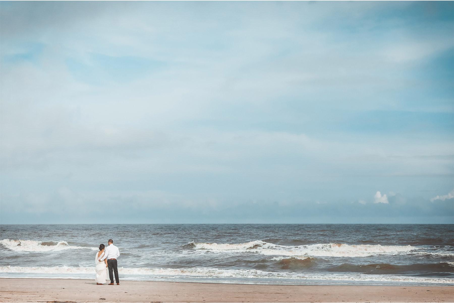 21-South-Carolina-Wedding-by-Vick-Photography-Hilton-Head-Island-Omni-Oceanfront-Hotel-Destination-Beach-Ocean-Bride-Groom-Sand-Felyn-and-Will.jpg