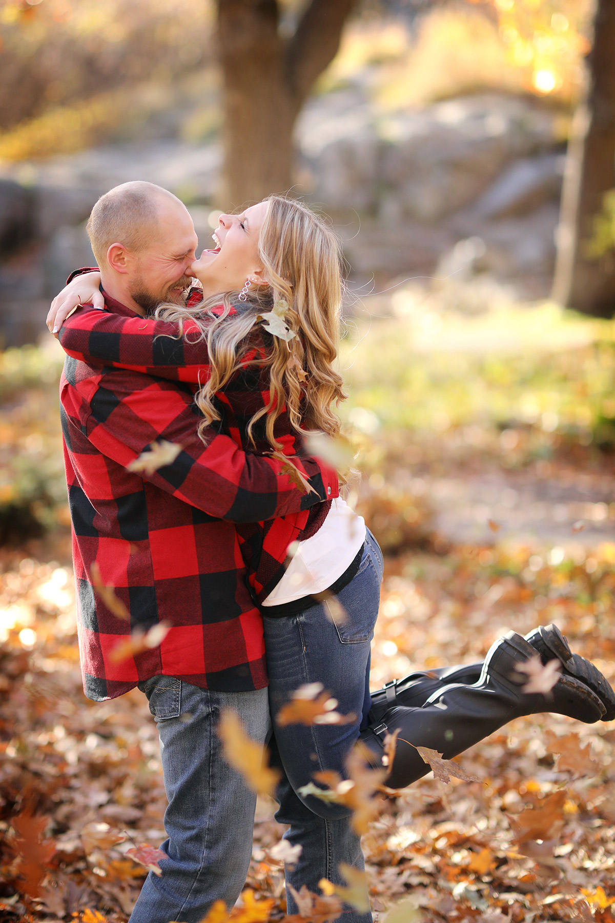 Vick-Photography-Engagement-Session-Fall-Autumn-Plaid-Laughing.jpg