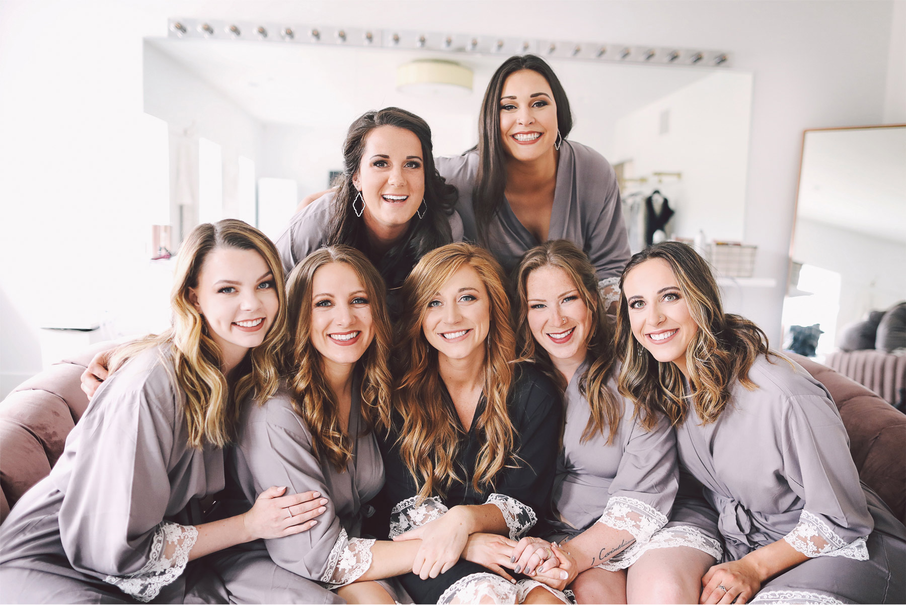 01-Minneapolis-Minnesota-Wedding-Photography-by-Andrew-Vick-Photography-Hutton-House-Bridesmaids-Robes-Getting-Ready-Kelsey-and-Matt.jpg