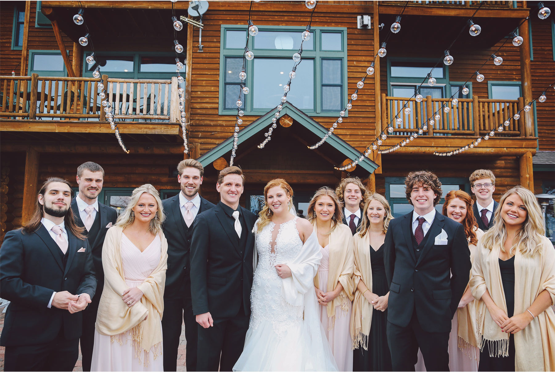 12-Minnesota-Wedding-by-Andrew-Vick-Photography-Grand-Superior-Lodge-Duluth-Two-Harbors-Wedding-Party-Groomsmen-Bridesmaids-Outdoor-Veronica-and-Tyler.jpg