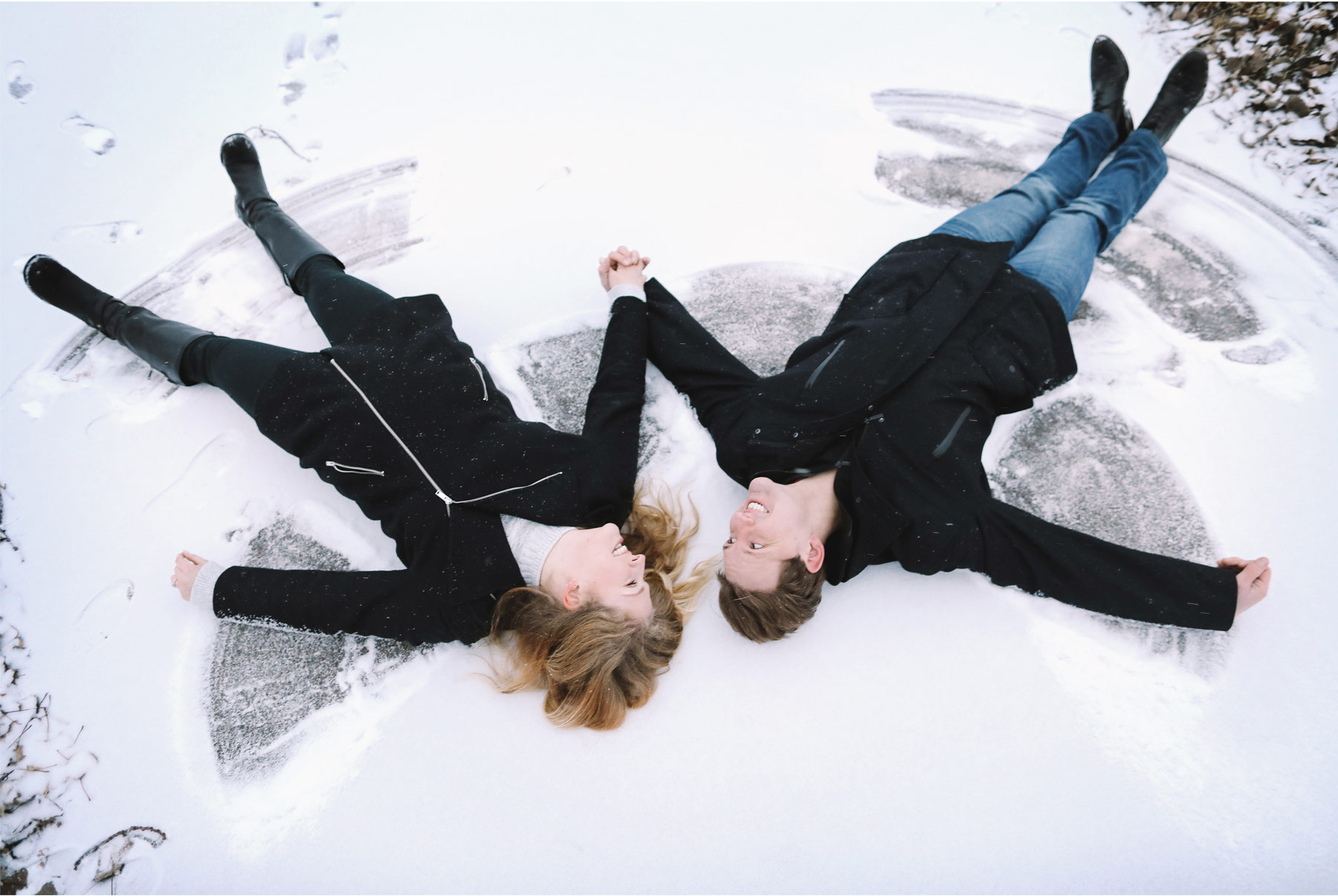05-Vick-Photography-Engagement-Session-Winter-Outdoor-Couple-Snow-Angles-Frozen-Lake-Veronica-and-Tyler.jpg
