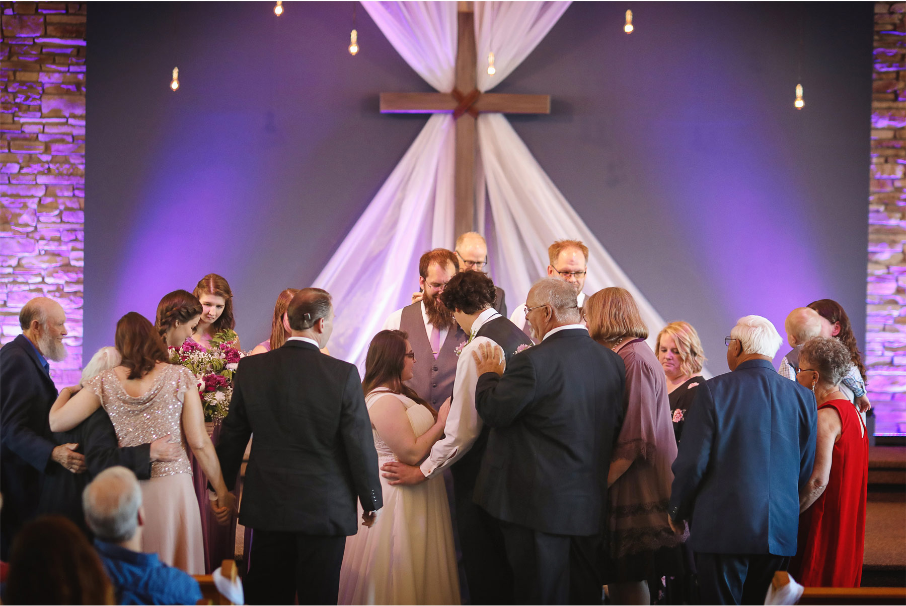 11-Minneapolis-Minnesota-Wedding-Andrew-Vick-Photography-Evergreen-Church-Lakeville-Ceremony-Ashley-and-Matt.jpg