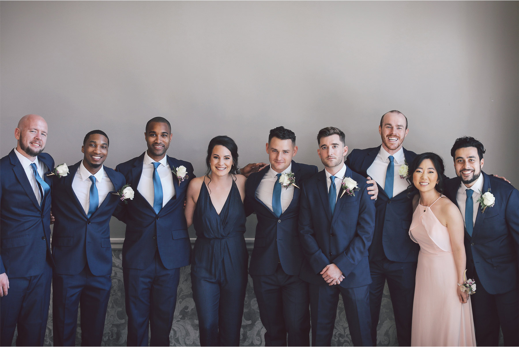 07-Minneapolis-Minnesota-Wedding-Andrew-Vick-Photography-Calhoun-Beach-Club-Groom-Groomsmen-Wedding-Party-Samantha-and-Ryan.jpg
