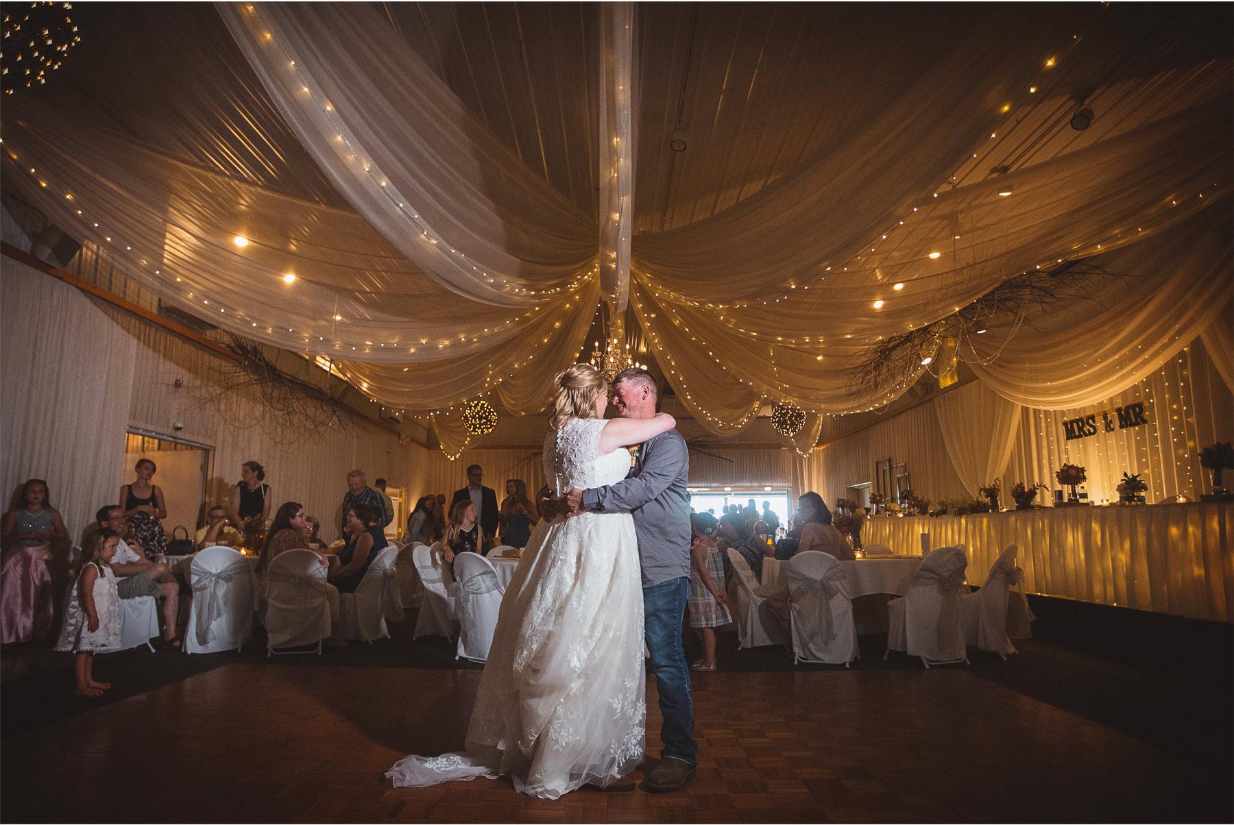12-Vick-Photography-Wedding-Brainerd-Minnesota-Pine-Peaks-Lodge-Cabin-Rustic-Reception-Dance-Kristi-and-Noel.jpg