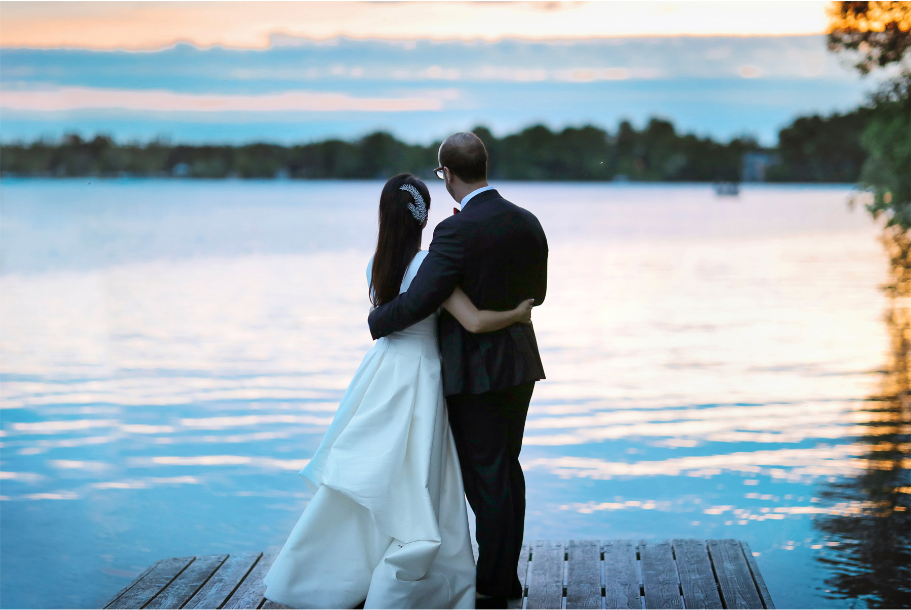23-Vick-Photography-Wedding-Stouts-Island-Lodge-Wisconsin-Summer-Lake-Sunset-Dock-MiJa-and-Lucius.jpg