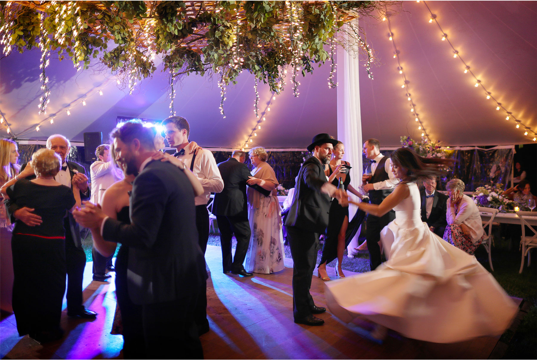 25-Vick-Photography-Wedding-Stouts-Island-Lodge-Wisconsin-Summer-Reception-Outdoor-Dancing-MiJa-and-Lucius.jpg