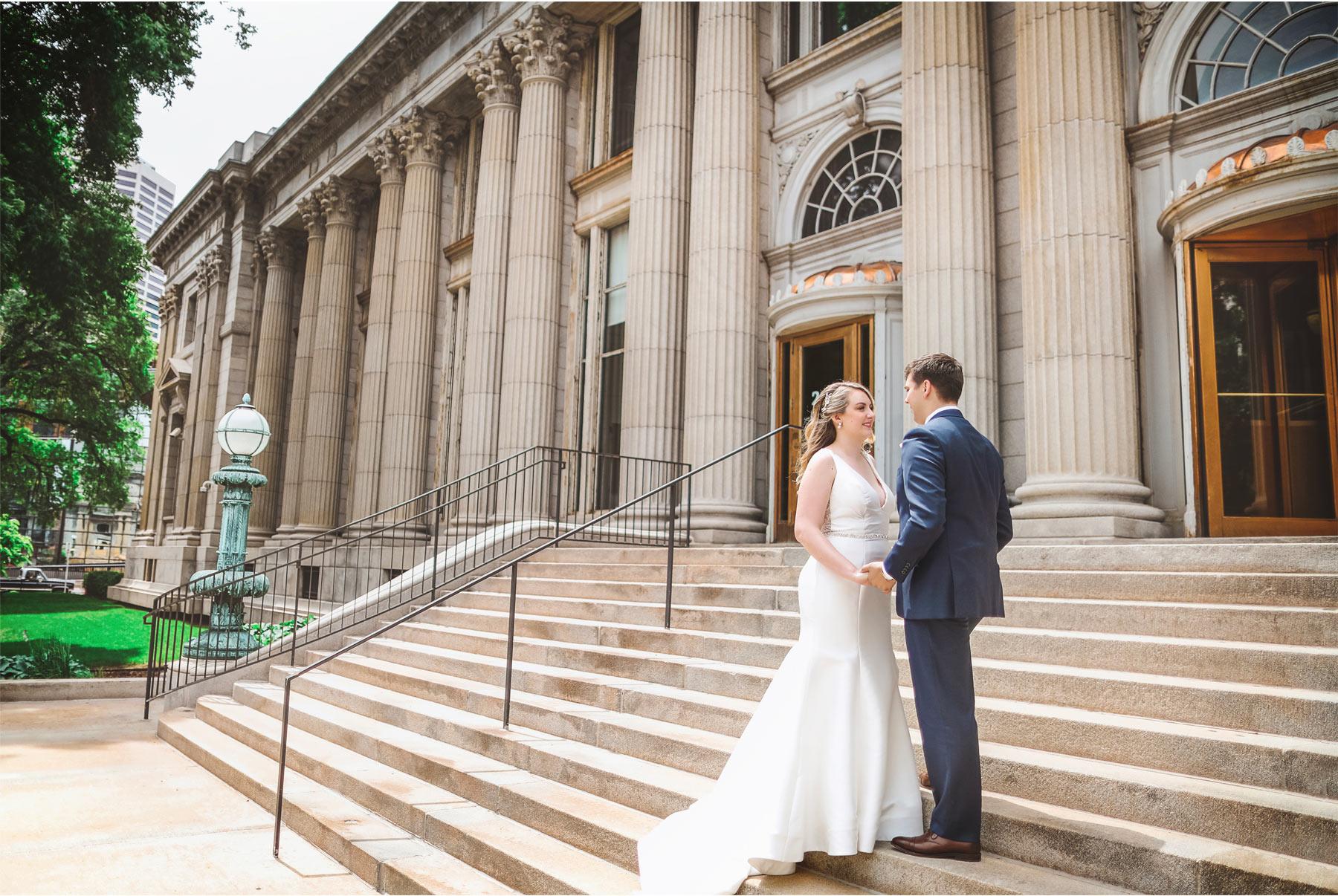 06-Minneapolis-Minnesota-Wedding-Vick-Photography-The-Depot-Bride-Groom-First-Look-Amelia-and-Alexander.jpg