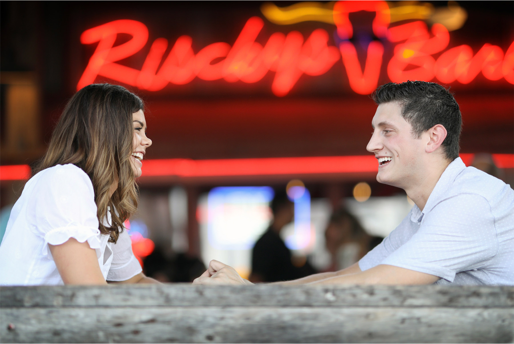 08-Fly-to-Me-Destination-Engagement-Session-Vick-Photography-Fort-Worth-Texas-Couple-BBQ-Maggie-and-Matt.jpg