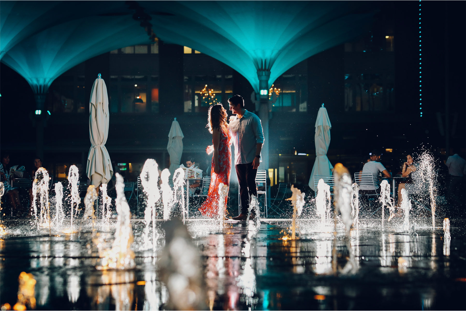 18-Fly-to-Me-Destination-Engagement-Session-Vick-Photography-Fort-Worth-Texas-Couple-Night-Skyline-City-Lights-Downtown-Fountain-Maggie-and-Matt.jpg