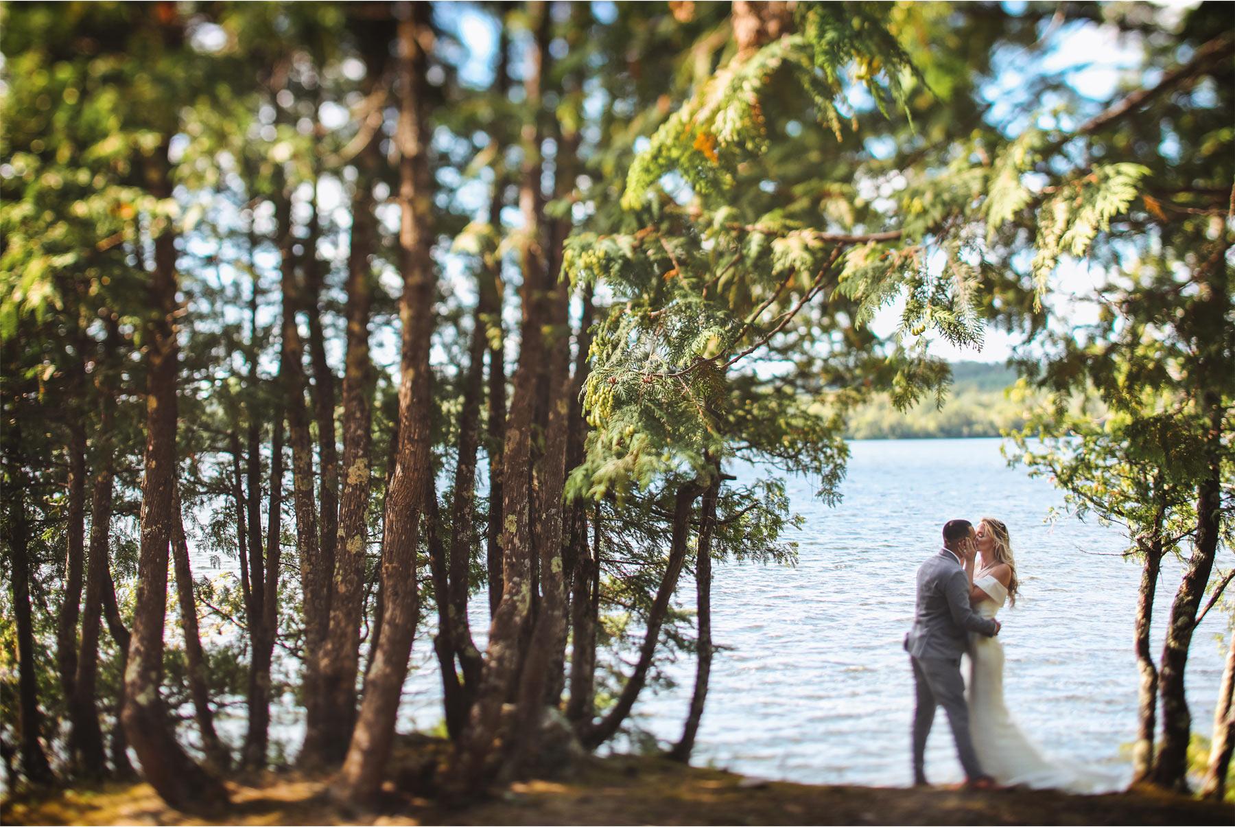 16-Ely-Minnesota-North-Wedding-by-Andrew-Vick-Photography-Lake-Beach-Bride-Groom-Katie-and-Joe.jpg