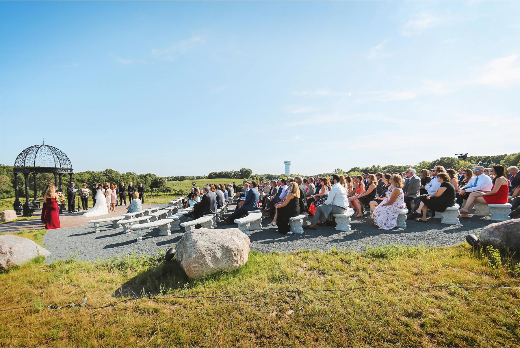 13-Weding-by-Vick-Photography-Minneapolis-Minnesota-Bavaria-Downs-Outdoor-Summer-Ceremony-Rebecca-and-Mark.jpg