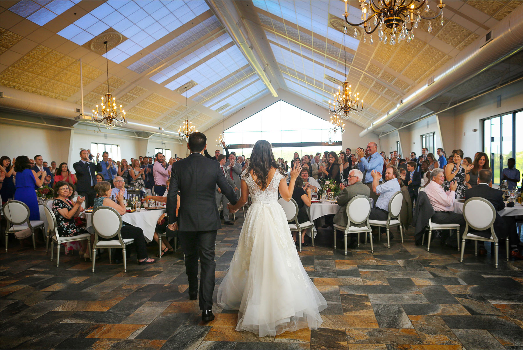17-Weding-by-Vick-Photography-Minneapolis-Minnesota-Bavaria-Downs-Reception-Bride-Groom-Rebecca-and-Mark.jpg