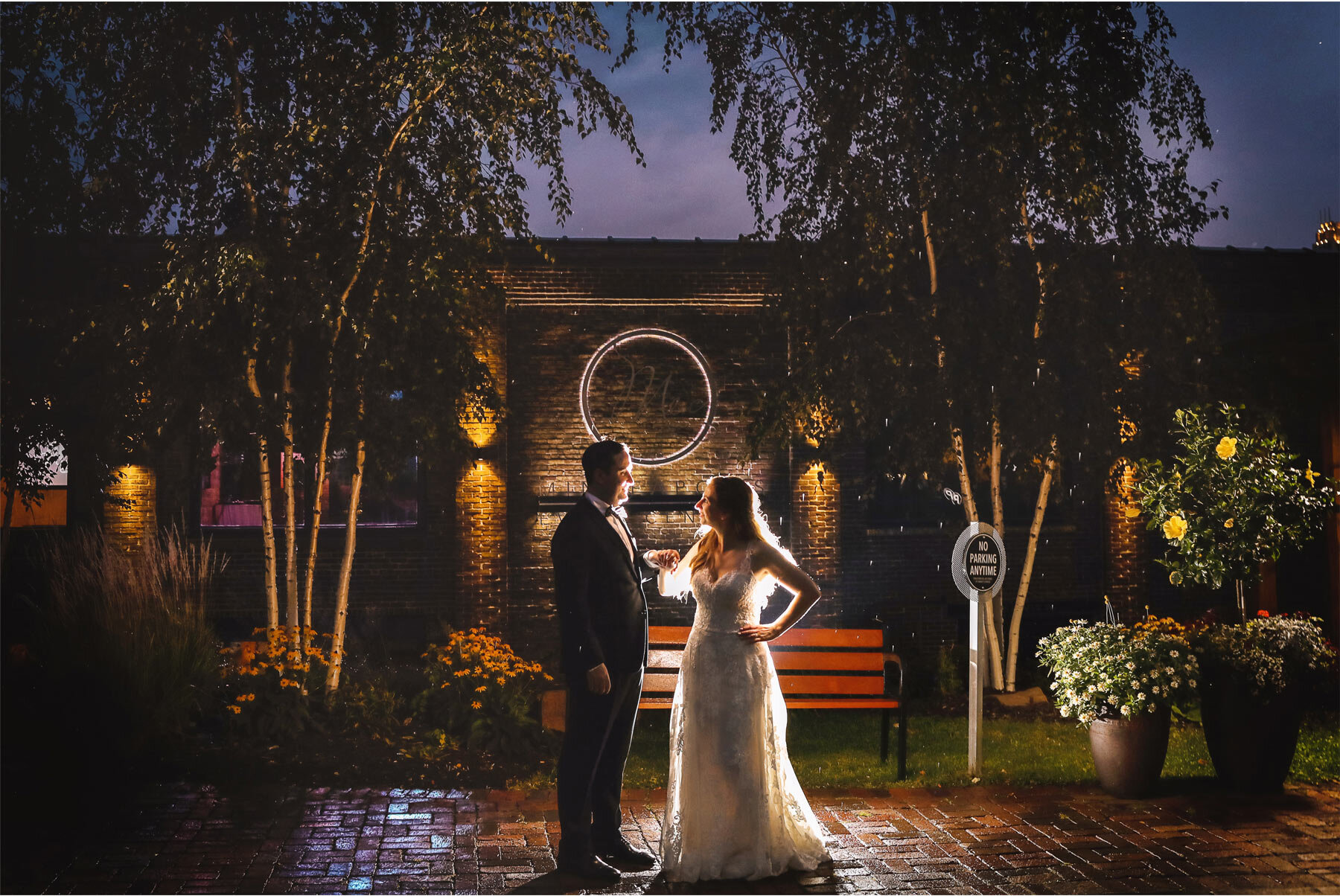 19-Minnesota-Wedding-Vick-Photography-Minneapolis-Event-Centers-Outdoor-Night-Amy-and-Avi.jpg