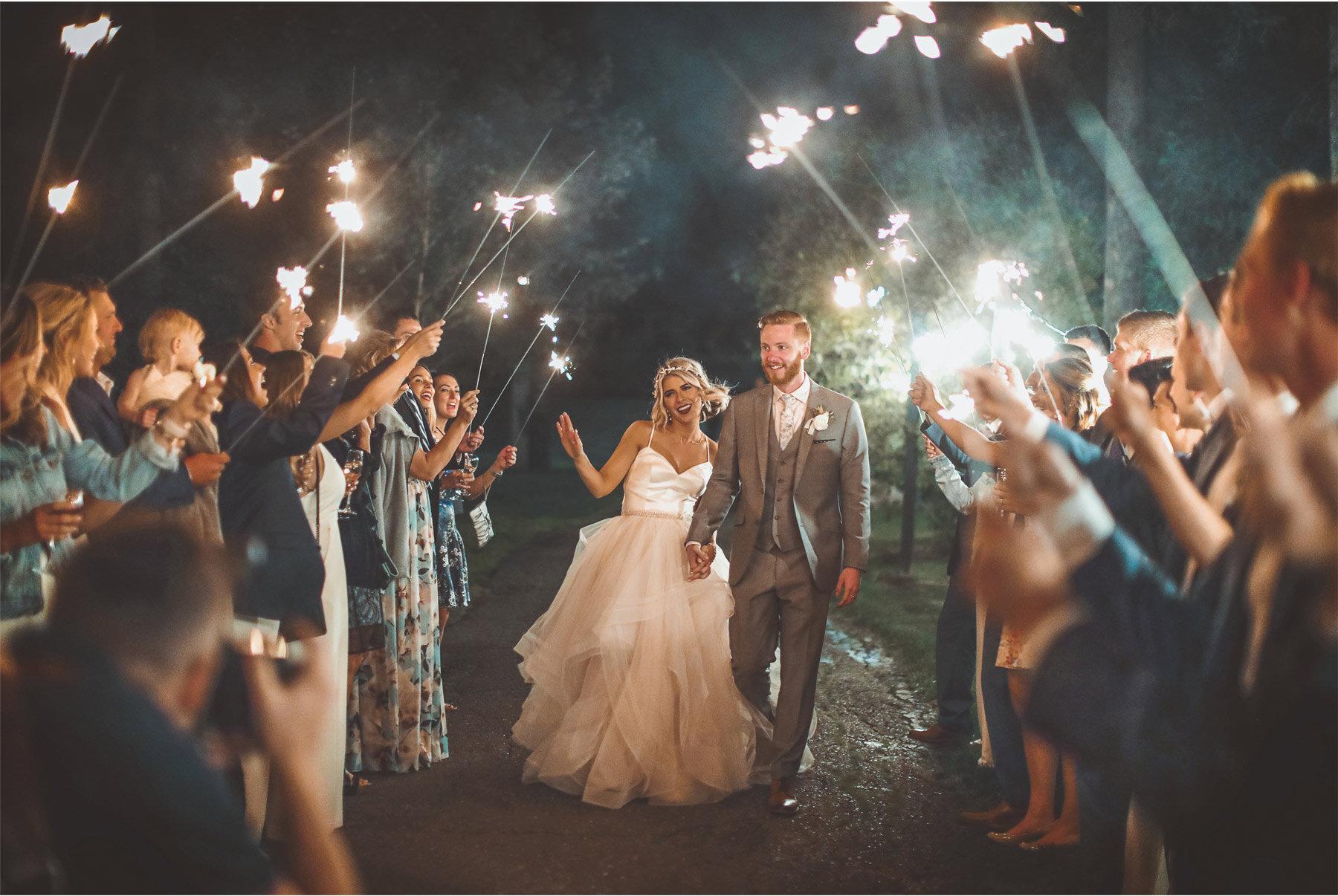 23-Vick-Photography-Wedding-Duluth-Minnesota-Glensheen-Mansion-Sparkler-Send-Off-Catherine-and-John.jpg.jpg