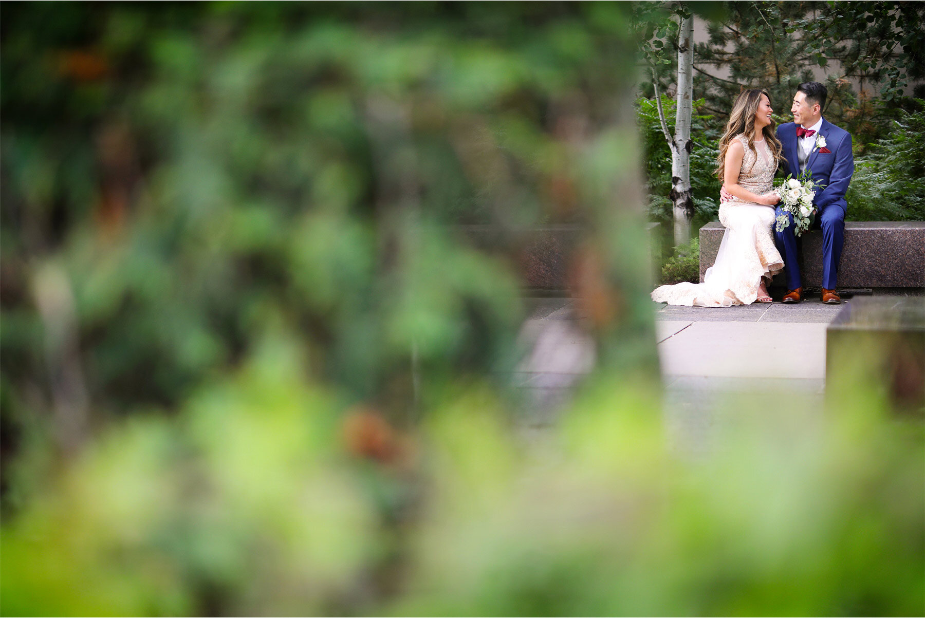 11-Vick-Photography-Minneapolis-Minnesota-Park-Garden-Bride-Groom-Mai-&-Ross.jpg
