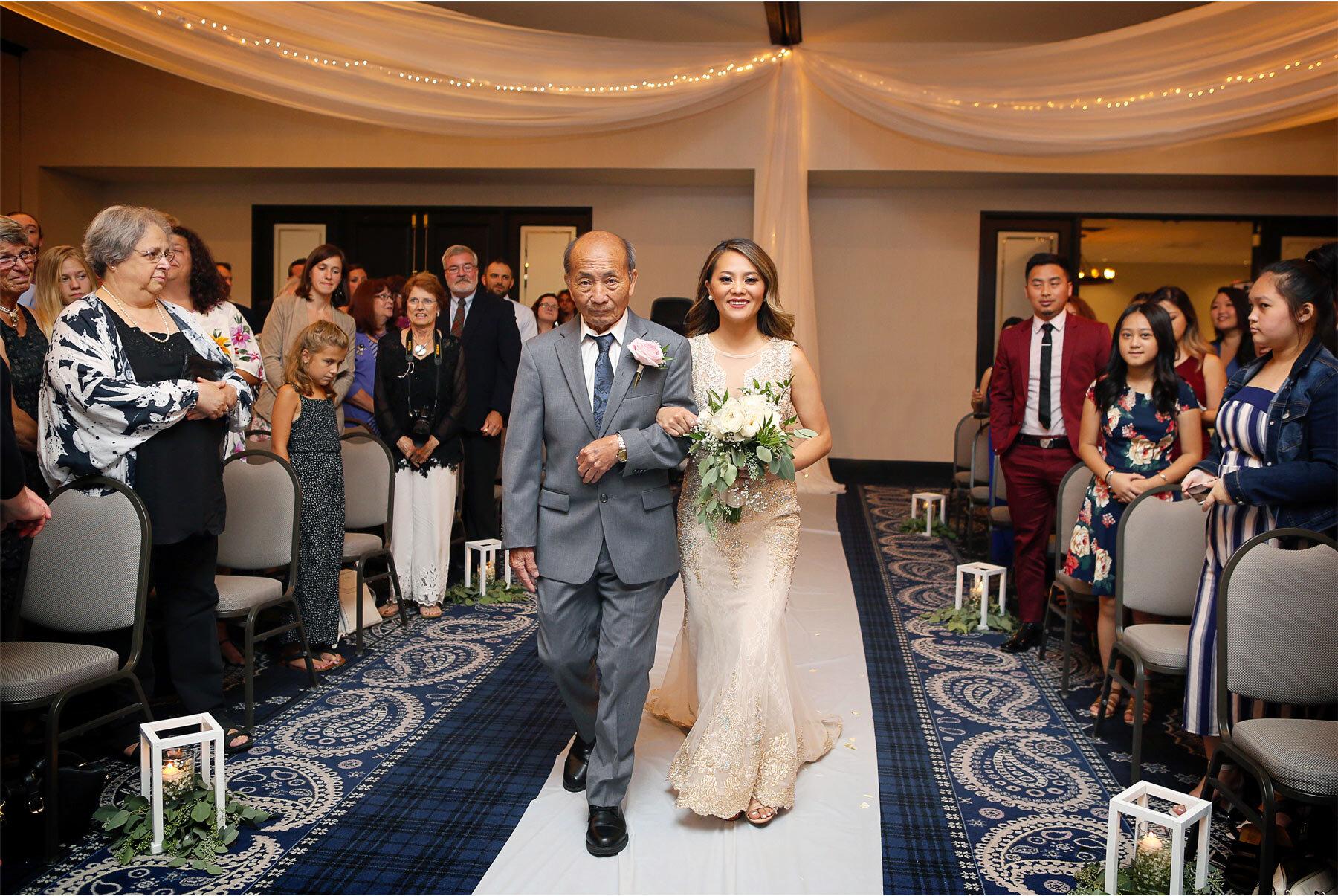 13-Vick-Photography-Minneapolis-Minnesota-The-Graduate-Hotel-Ceremony-Bride-Groom-Father-Mai-&-Ross.jpg