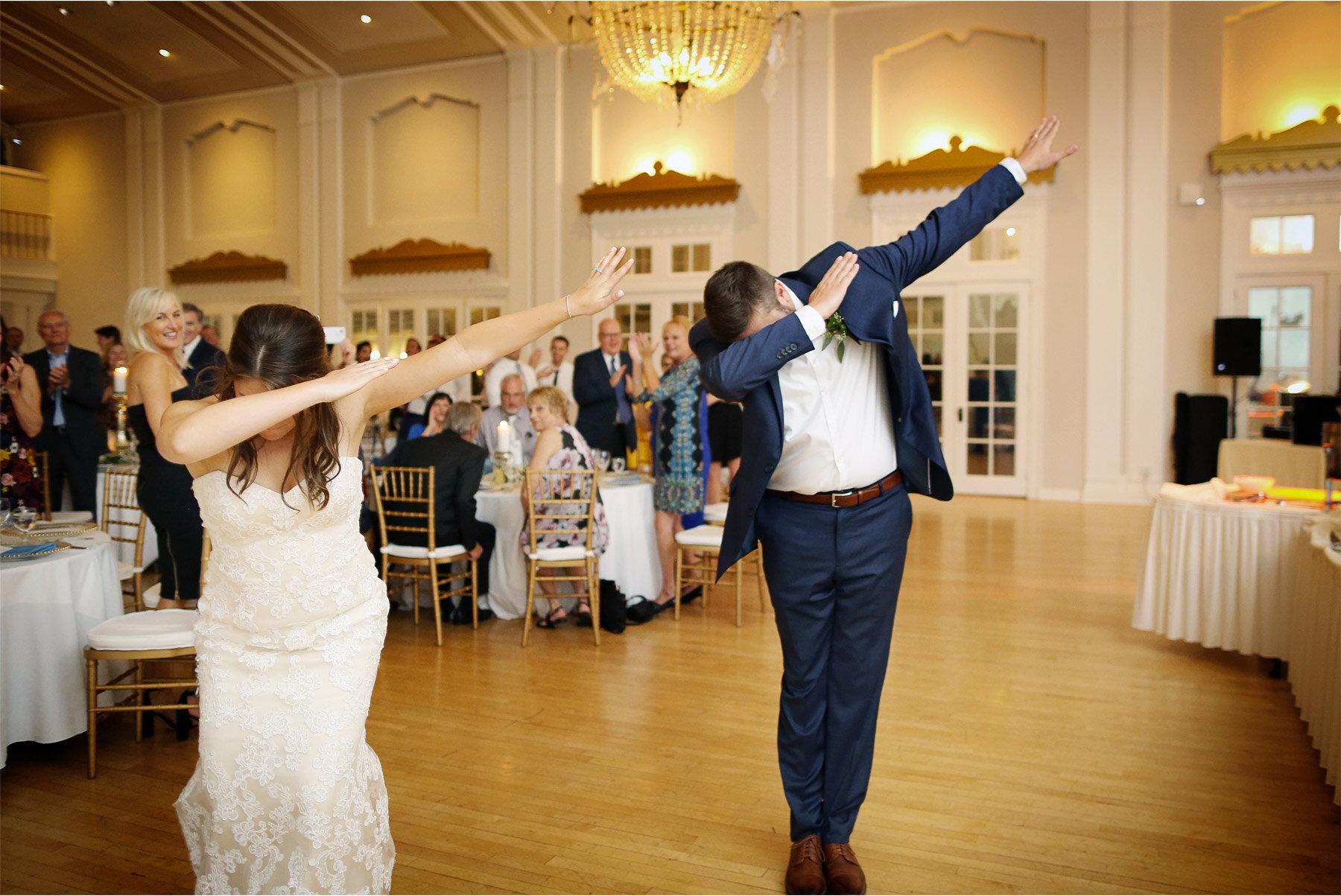 16-Vick-Photography-Wedding-Minnetonka-Minnesota-Lafayette-Club-Reception-Dab-Bride-Groom-Katie-and-David.jpg