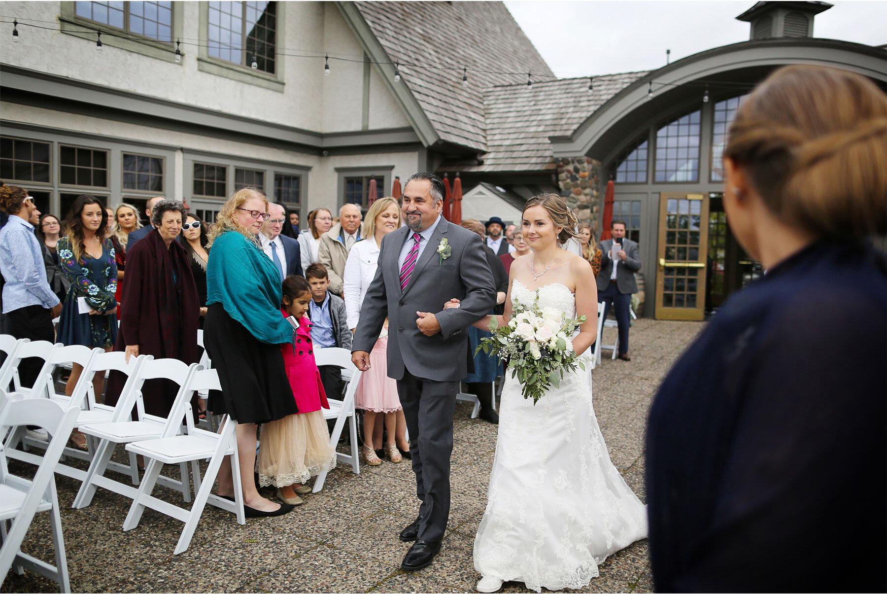 09-Vick-Photography-Minneapolis-Minnesota-Wedding-Rush-Creek-Golf-Club-Ceremony-Outdoor-Bride-Father-Amanda-and-Michael.jpg