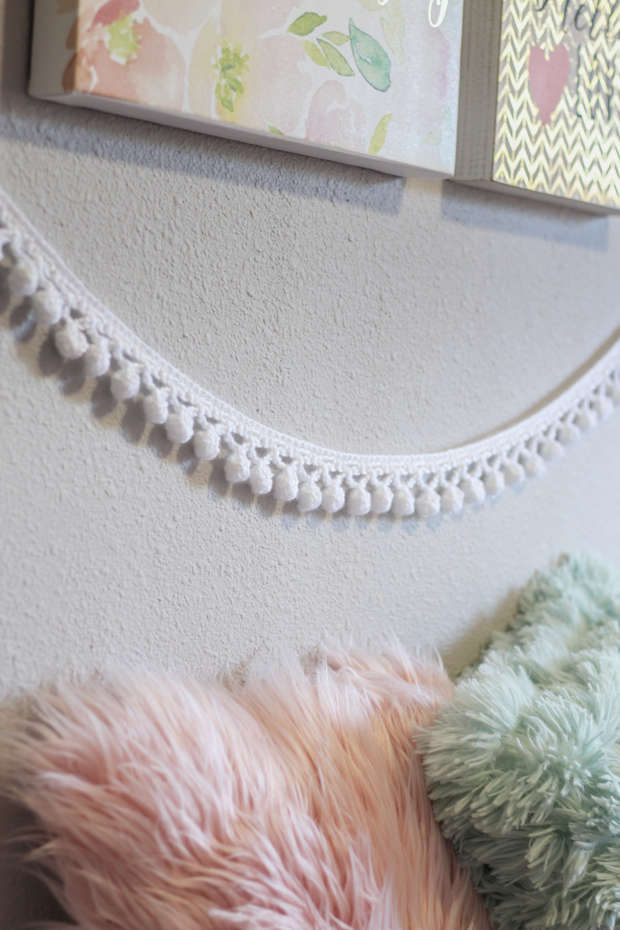 How To Make A Crochet Garland Free Crochet Pattern Hooked On Tilly