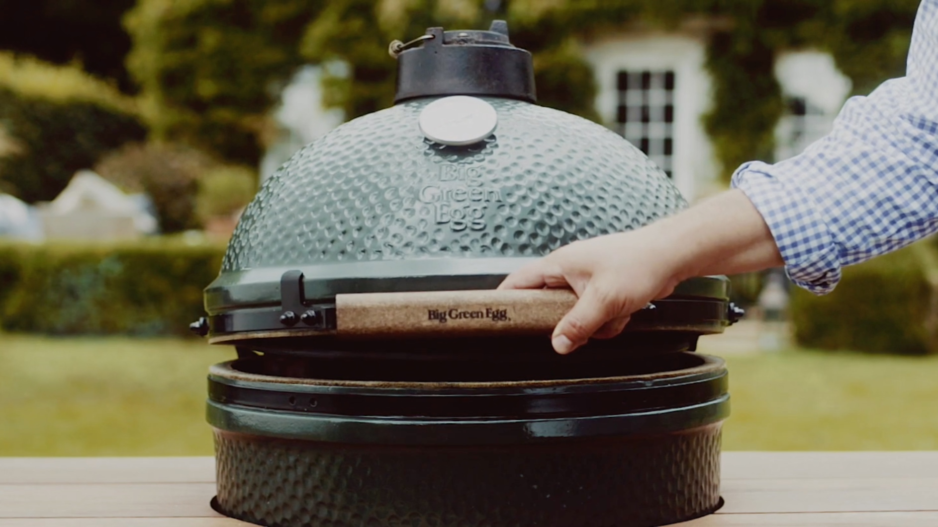 Giveaways - All dads will have a chance to win a Big Green Egg. We will give away a grill at each campus after every service.To register and be eligible to win, dads must be in attendance.